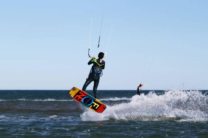 Navigation surveillée kitesurf à Narbonne plage