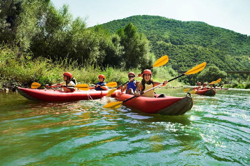 Descente du Rhône familiale en Canoë-Raft près de Sion
