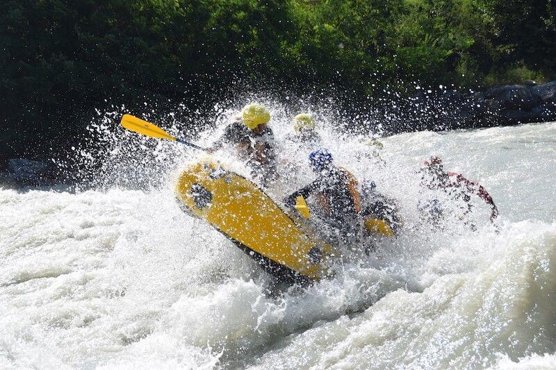 Descente du Rhône en Rafting près de Sion