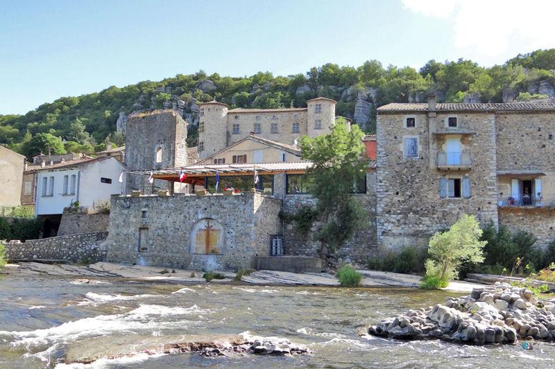 Descente en canoë de l'Ardèche au départ de Vogue  - 19km