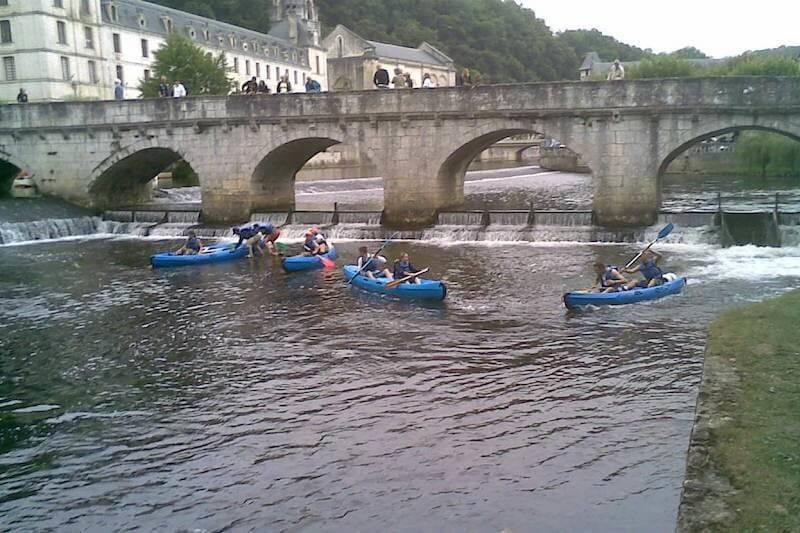 Descente journée en canoë au départ de Valeuil