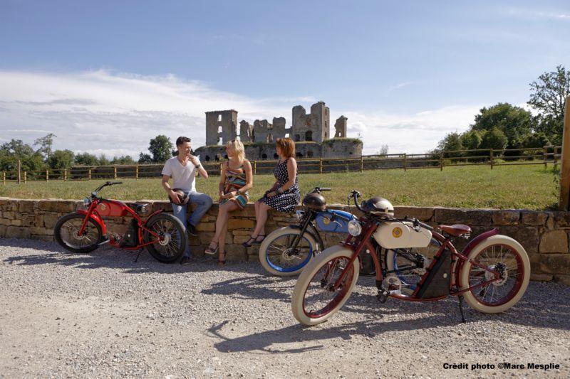 Balade à Vélo Vintage à assistance électrique sur la voie verte