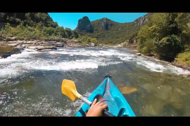 Running the river Hérault in canoe or in kayak Sportive trip 8 kms