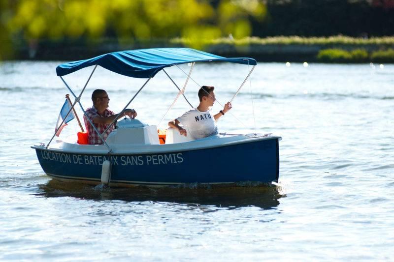 Balade en bateau électrique sans permis