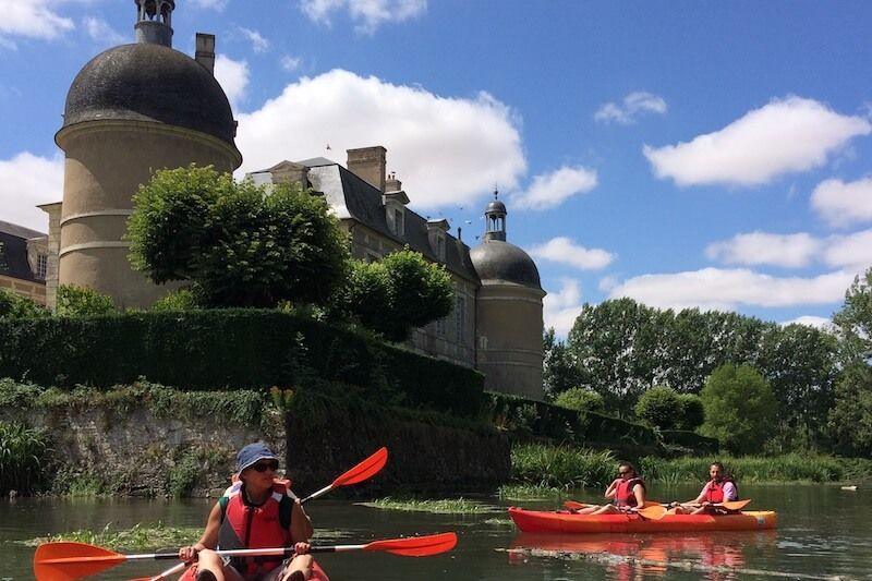 Balade guidée en canoë vers Bourges depuis Vierzon - 5h