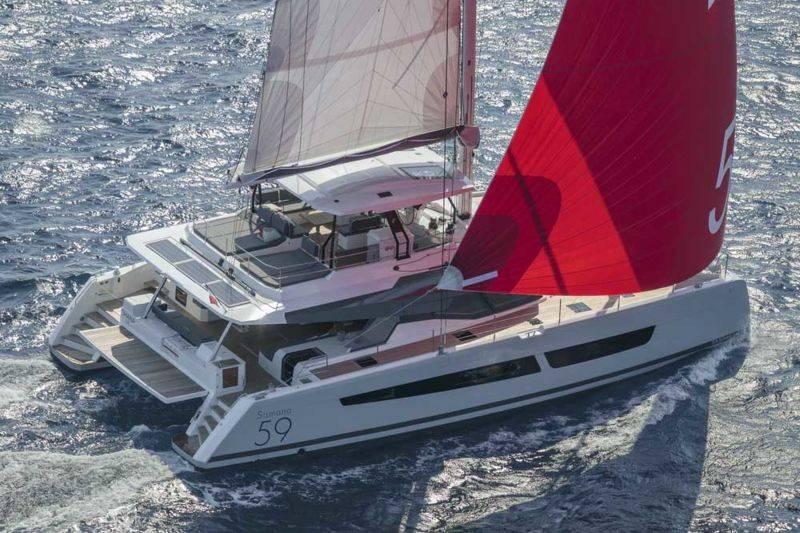 Cours de navigation sur catamaran à voiles habitable