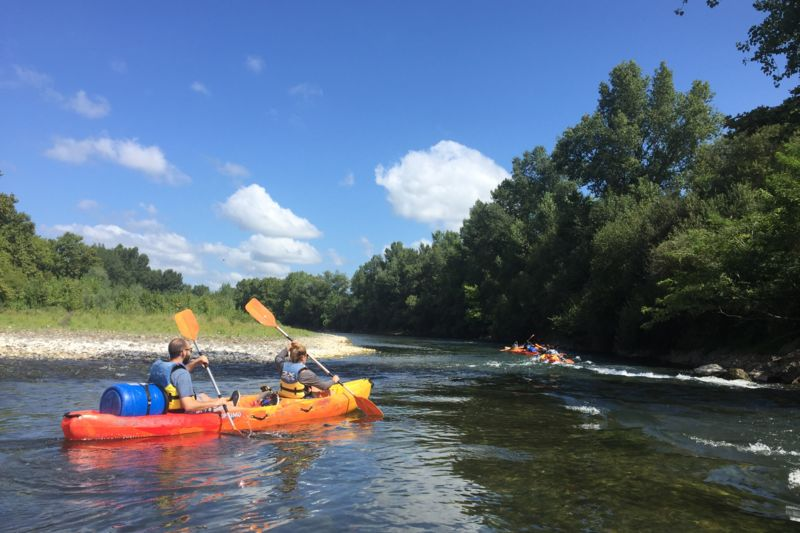Downriver canoeing  : 6h00