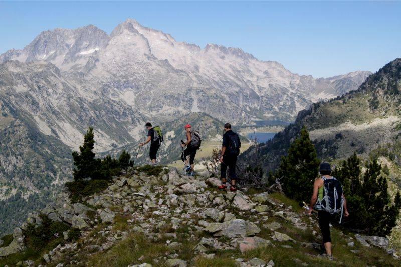 Néouvielle Traversée ou Intégrale - Mode Fast hiking - Trail