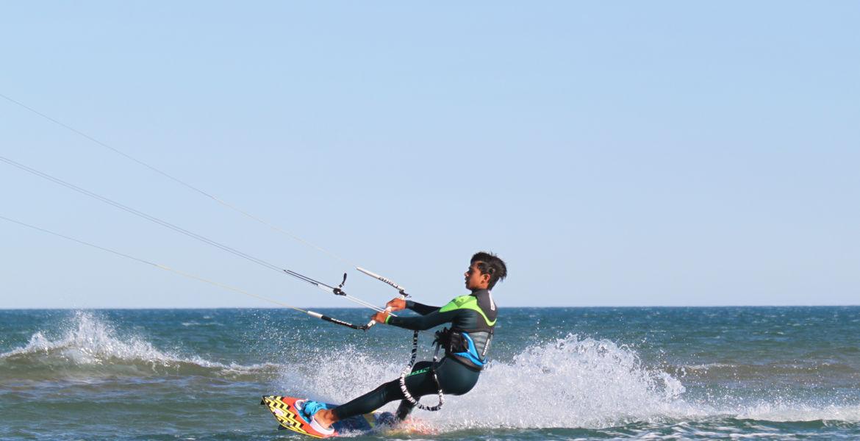 Stage de kitesurf initiation à Narbonne plage