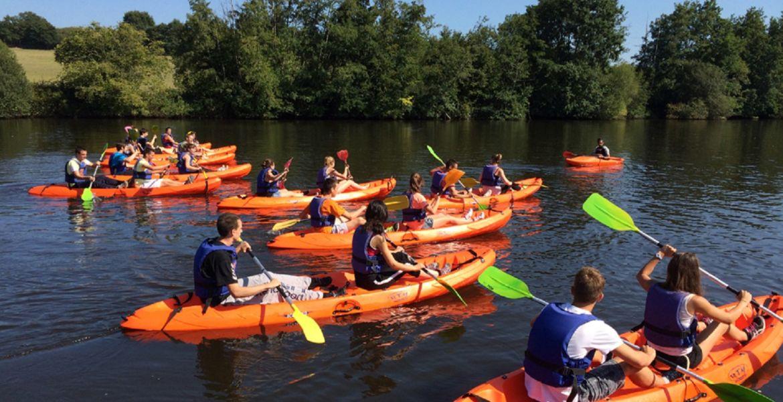 Encadrement de groupes en canoë-kayak, Team-Building ...