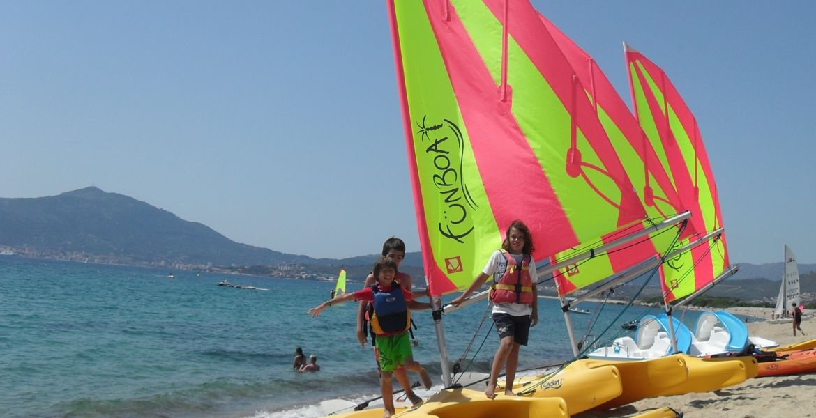 Sailing lesson Ajaccio - Cors'Aventure nautical base