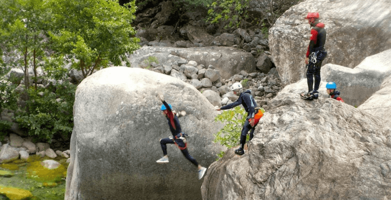 Canyoning à VACCA - Bavella