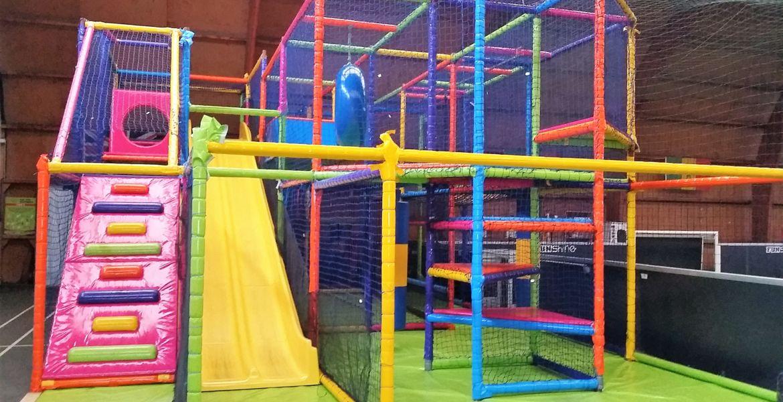 Jeux enfants La Roche sur Yon. Structure tubulaire