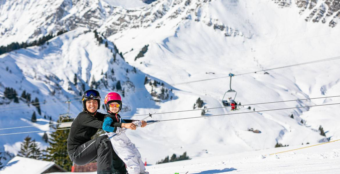 Private ski lessons for kids 3-5 years old