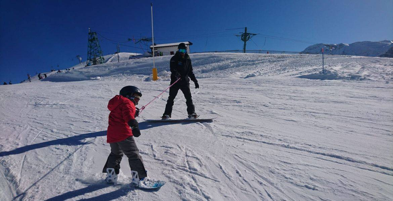 Privater Snowboardkurs für Kinder von 3-5 Jahren