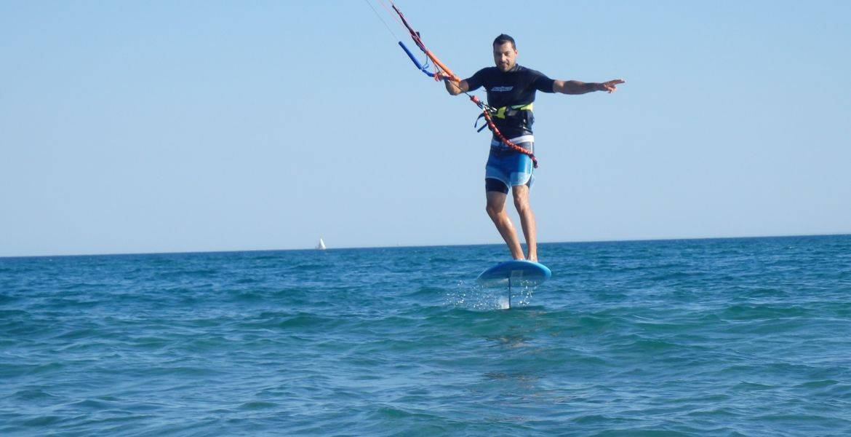 Cours particuliers de kitesurf Foil