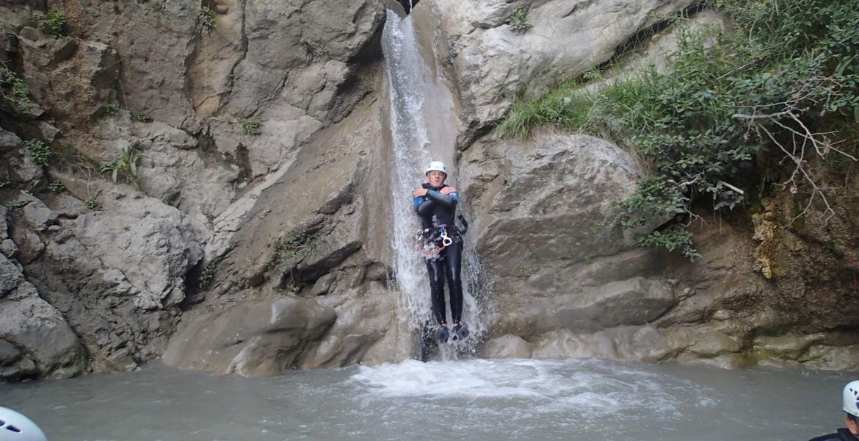 Initiation demi journée canyoning | à l'Arnayon proche de La Motte Chalancon