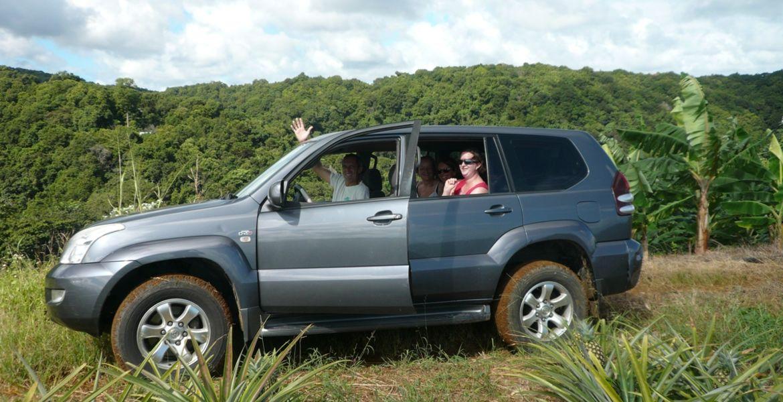 Excursion 4x4 en Sud Basse-Terre: Visite de distillerie et de Kassaverie
