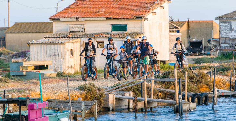 Route Bleue du sel et des pêcheurs en Trottinette Tout Terrain électrique