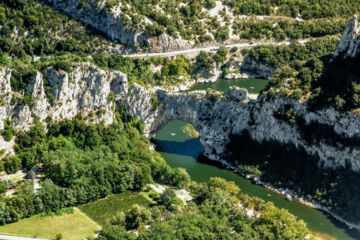 Descent of the gorges of the ardèche in canoe - 30 km