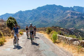 Les villages à vélo : speloncato, feliceto, cateri