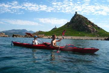 "Sports holidays in corsica 1 week multi-activities ""sanguinary beauty"" : sea-kayaking, hiking and mountain biking"