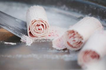 Nouveau : rolled ice créateur de délicieuses glaces insolites