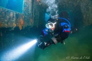 Plongée d'exploration épave de bateau