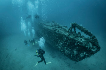 Wreck dive on the submarine in sainte-maxime