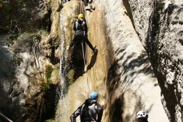 Initiation canyoning | au betton proche de st benoit en diois