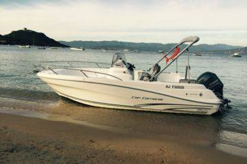Boat rental with permit in campomoro