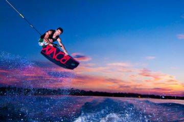 Tour(s) de ski nautique & wakeboard à campomoro