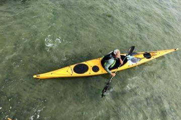 Stéphane blay, moniteur kayak et paddle
