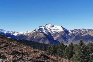 Summer camp  fast hiking trail -tourmalet pic du midi